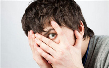 克服社交恐惧症的四种方法